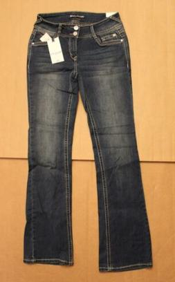 Wallflower Women's The Luscious Curvy Fit Bootcut Jeans SV3